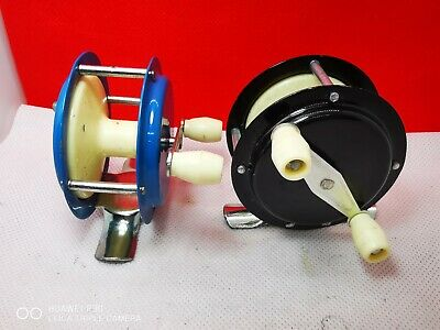 A Pair Of Tokoz Model C.94 BLACK -BLUE Czechoslovakia 1960s - Fishing Reels • 8.99£