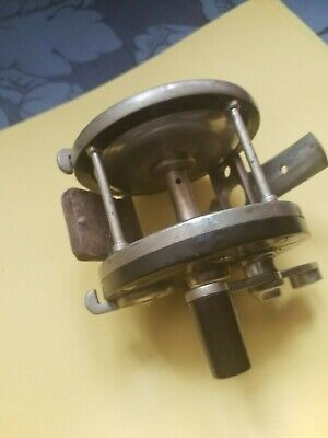 Edward Vom Hofe Size 1/0  Antique Fishing Reel. • 350£