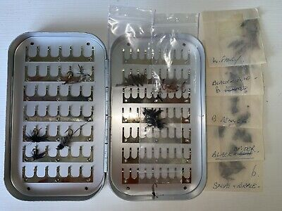 Vintage Wheatley Silmalloy Box With Selection Of Flies (USED) • 20£