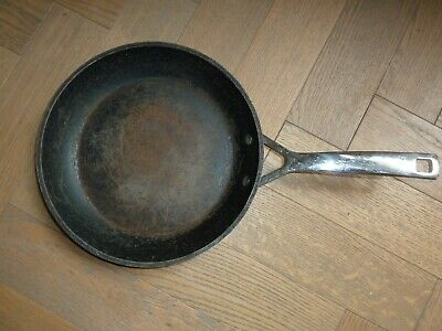 Le Creuset Stainless Steel 26cm Non-Stick Frying Pan WELL USED • 1.04£