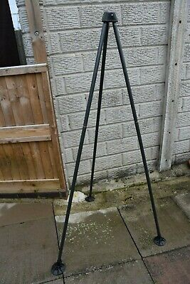 used Carp Fishing Tackle  [ Weighing Tripod ]    • 18£