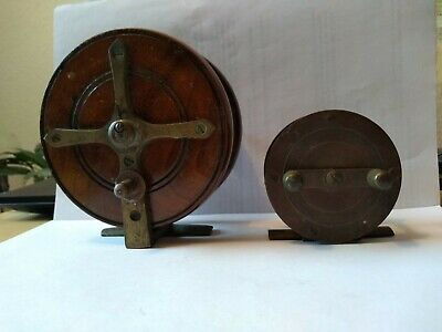 Two Vintage Fishing Reels • 9.99£