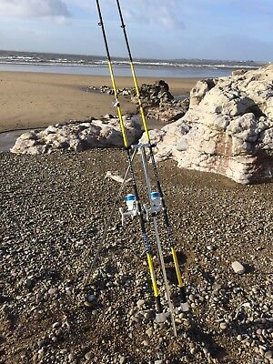 Quality Sea Fishing Set - 2 X 12ft Beachcaster Rods + 2 X Sk7 Sea Reels + Tripod • 122.16£