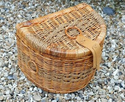 Fishermans Semi-Circular Wicker Creel French Style Kitchen Display Container  • 28£