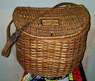 Vintage Fishing Basket/ Creel With Centre Hole And Leather Belt.no Damage. • 26.50£